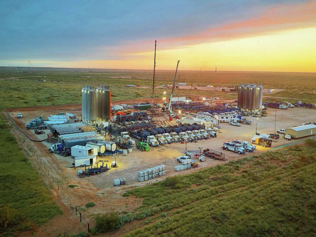 The shale oil industry is facing its second oil bust in five years. Can it survive?