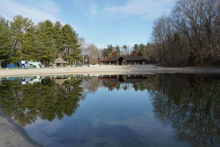 New Canaan is considering having the YMCA take over the administration of Kiwanis Park on Old Norwalk Road since there were not many visitors to the pond last year. Photo: Grace Duffield / Hearst Connecticut Media