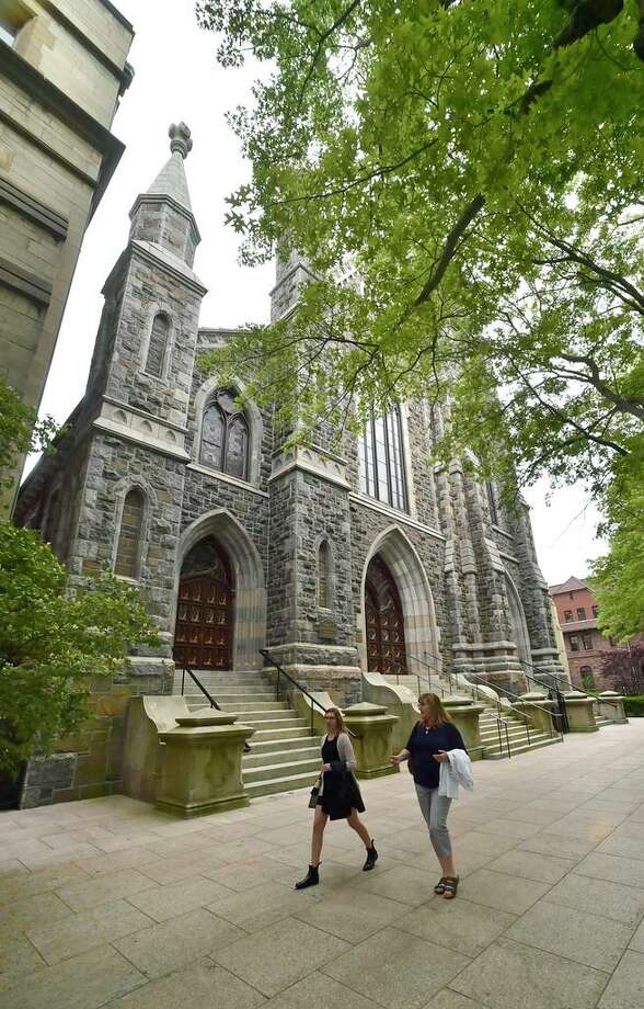 New Haven, Connecticut - June 5, 2018: St. Mary's Church, 5 Hillhouse Ave., New Haven. Photo: Peter Hvizdak / Hearst Connecticut Media / New Haven Register