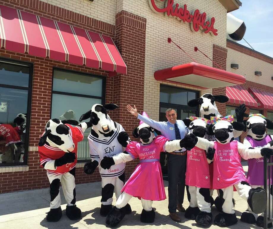 Operator Manny Maldonado of Chick-fil-A North Laredo confirmed his store would be closing dining room service along with the many other locations nationwide to help slow the spread of COVID-19 Sunday night. Photo: Courtesy Of Chick-fil-A North Laredo
