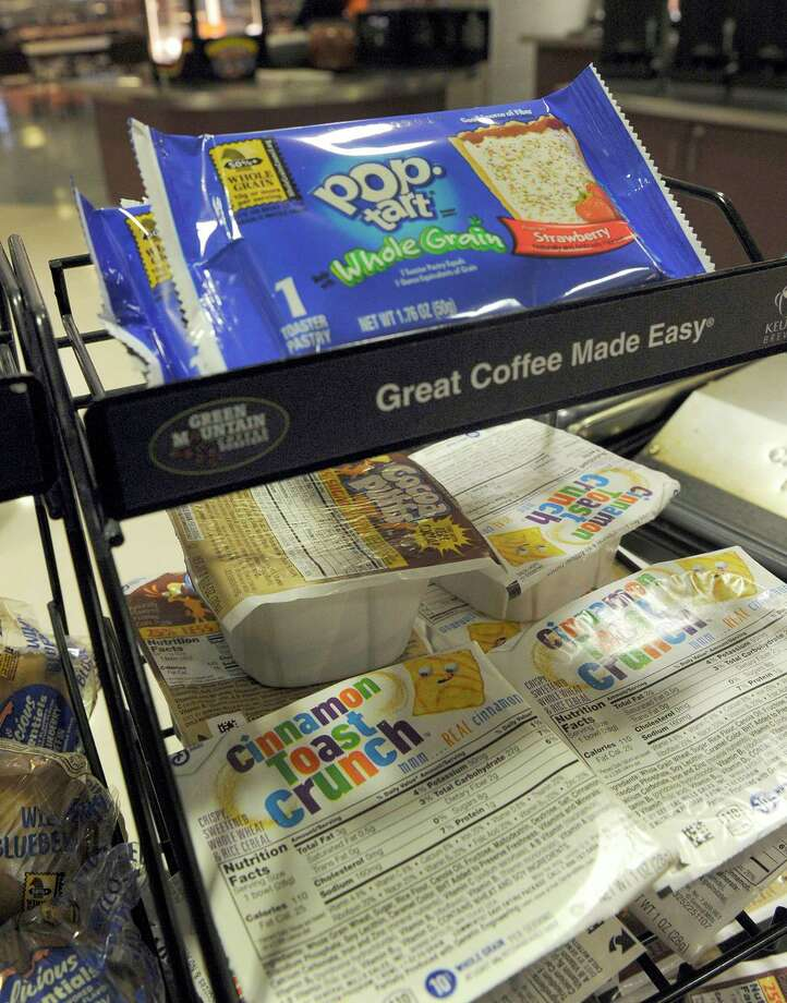 File photo of breakfast is offered at Bethel High School. Photo: Carol Kaliff / Hearst Connecticut Media / The News-Times