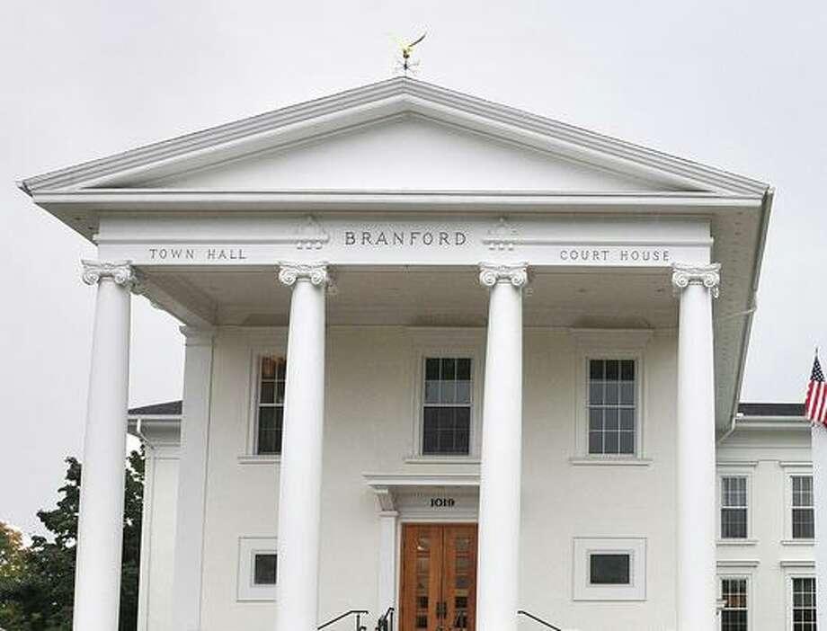 Branford Town Hall Photo: Mark Zaretsky / Hearst Connecticut Media