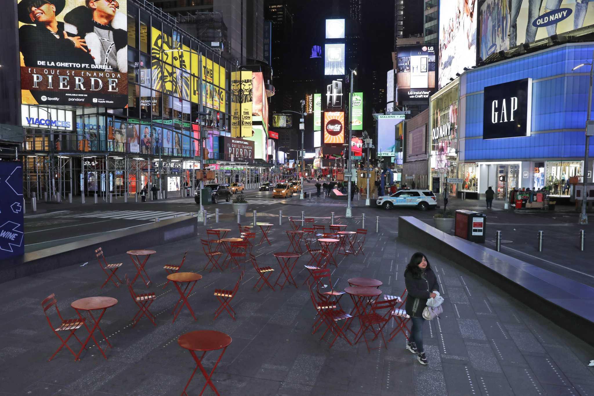 Photos New York City S Empty Streets And Landmarks Amid Coronavirus Shutdown Connecticut Post