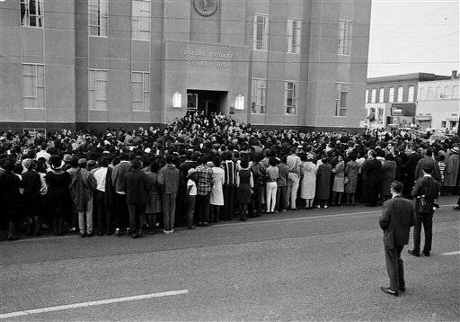 Some 3,500 persons gather at the court house in Selma, Ala., March 16, 1965, for a memorial service for Rev. James Reeb, slain Unitarian Universalist minister who was attacked by five white men. Dr. Martin Luther King Jr. led a march from a church about 8 blocks away. (AP Photo)