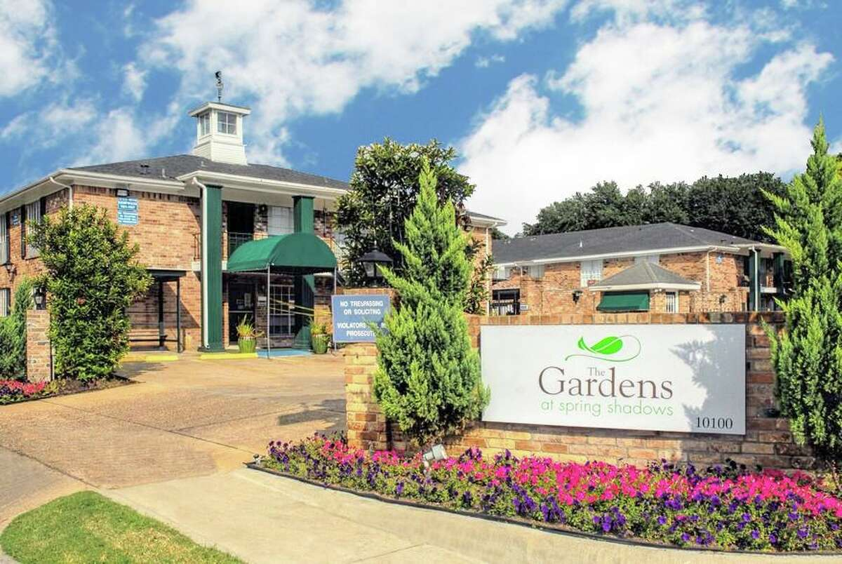 The Gardens at Spring Shadows, a 384-unit independent living community at10100 Kempwood Drive in the Spring Branch area, has changed hands. Ready Capital provided financing.