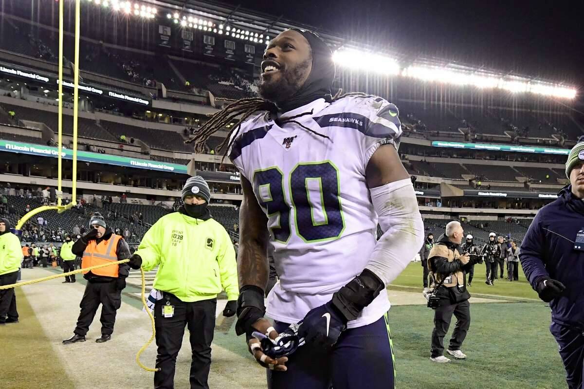 PHILADELPHIA, PENNSYLVANIA - JANUARY 05: Jadeveon Clowney #90 of the Seattle Seahawks celebrates victory after his teams win against the Philadelphia Eagles in the NFC Wild Card Playoff game at Lincoln Financial Field on January 05, 2020 in Philadelphia, Pennsylvania. (Photo by Steven Ryan/Getty Images)