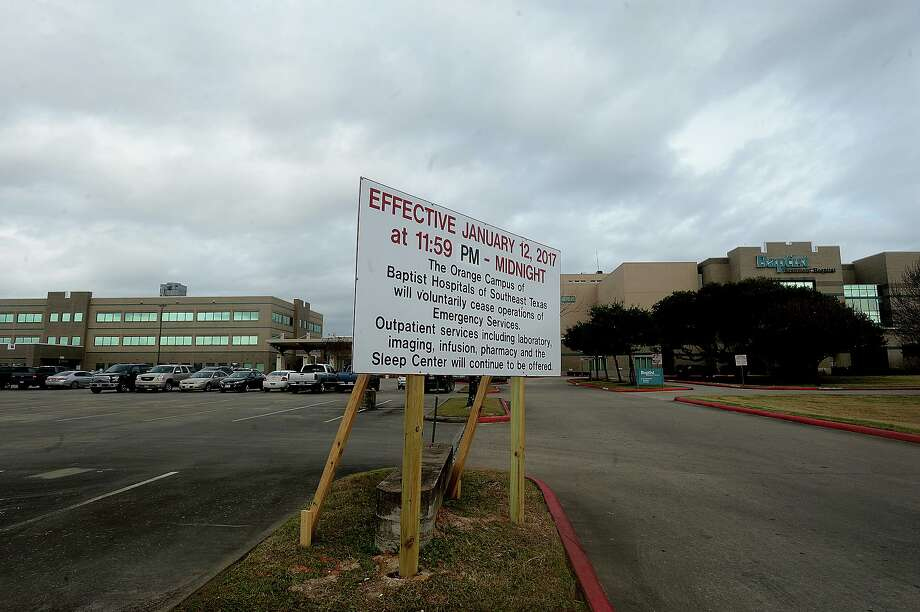 A large sign at the entry to Baptist Hospital's Orange campus announces the closing of emergency services effective midnight, Thursday, Jan. 12. Photo taken Tuesday, January 10, 2017 Kim Brent/The Enterprise Photo: Kim Brent / Kim Brent/The Enterprise / Beaumont Enterprise