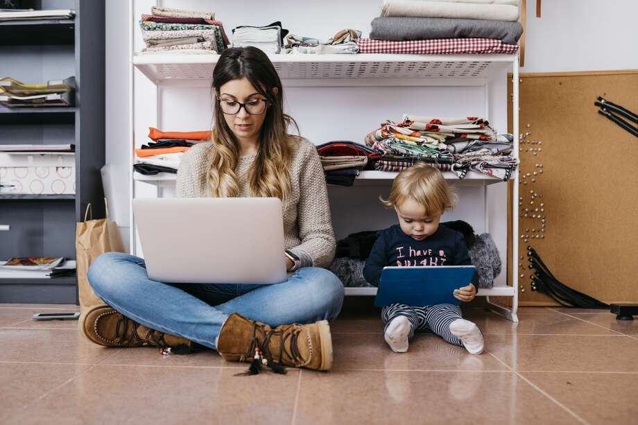 San Francisco and five other Bay Area counties are getting used to the new normal of working from home. Photo: Getty Images / Westend61