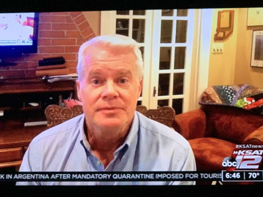 KSAT-12 meteorologist Mike Osterhage told co-anchors Leslie Mouton and Mark Austin that he and his family will be in self-quarantine for the next 14 days. Photo: Candice Avila-Garcia/TV Screenshot