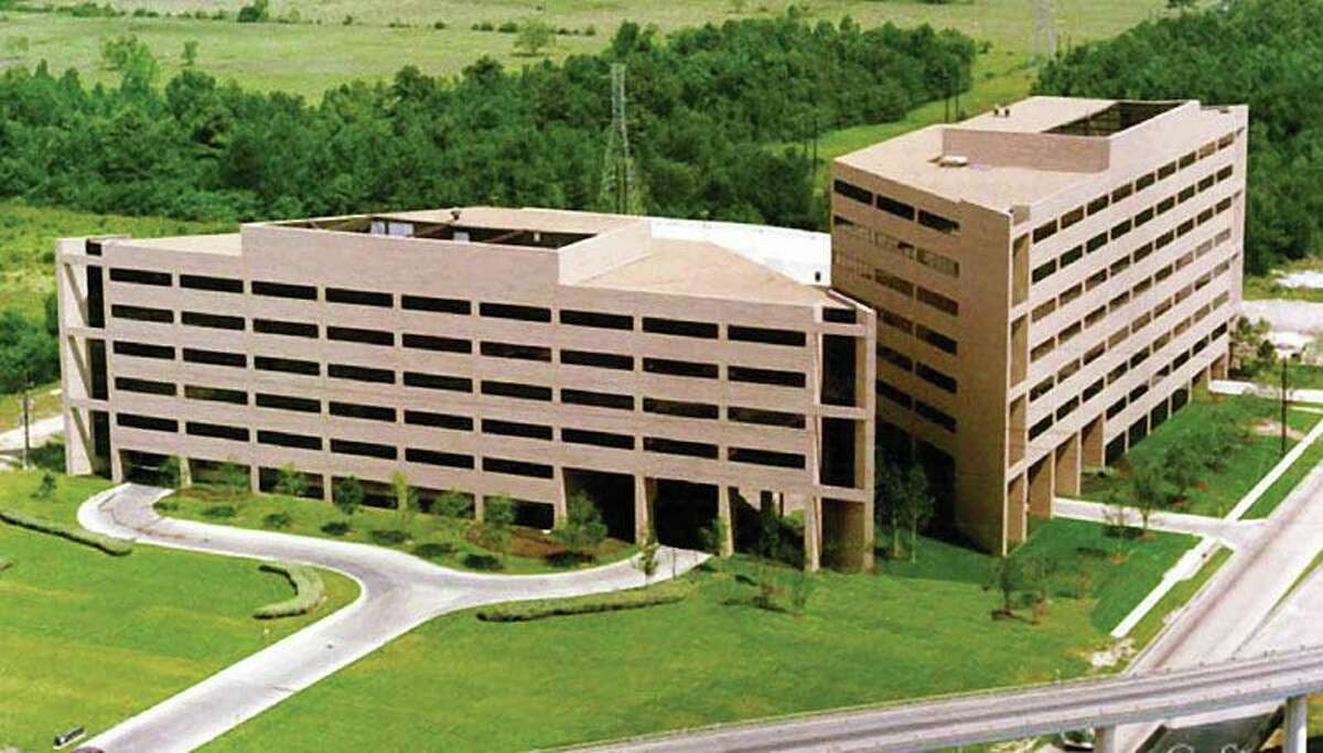 The Rosen Group leased space in the Gateway I and II office buildings near Bush Intercontinental Airport.