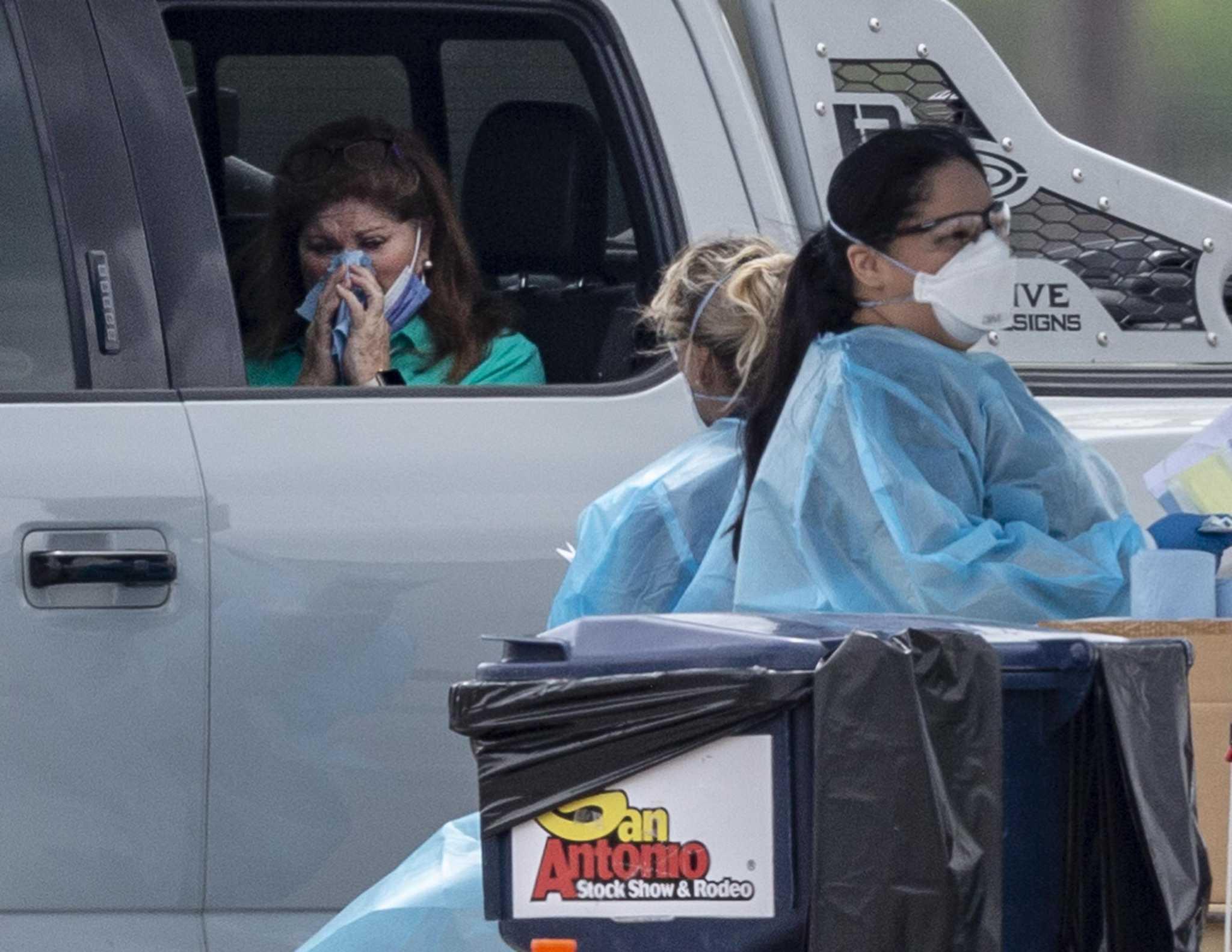 As Coronavirus Cases Surge To 25 Mayor Orders San Antonio Bars Restaurants To Close Expressnews Com