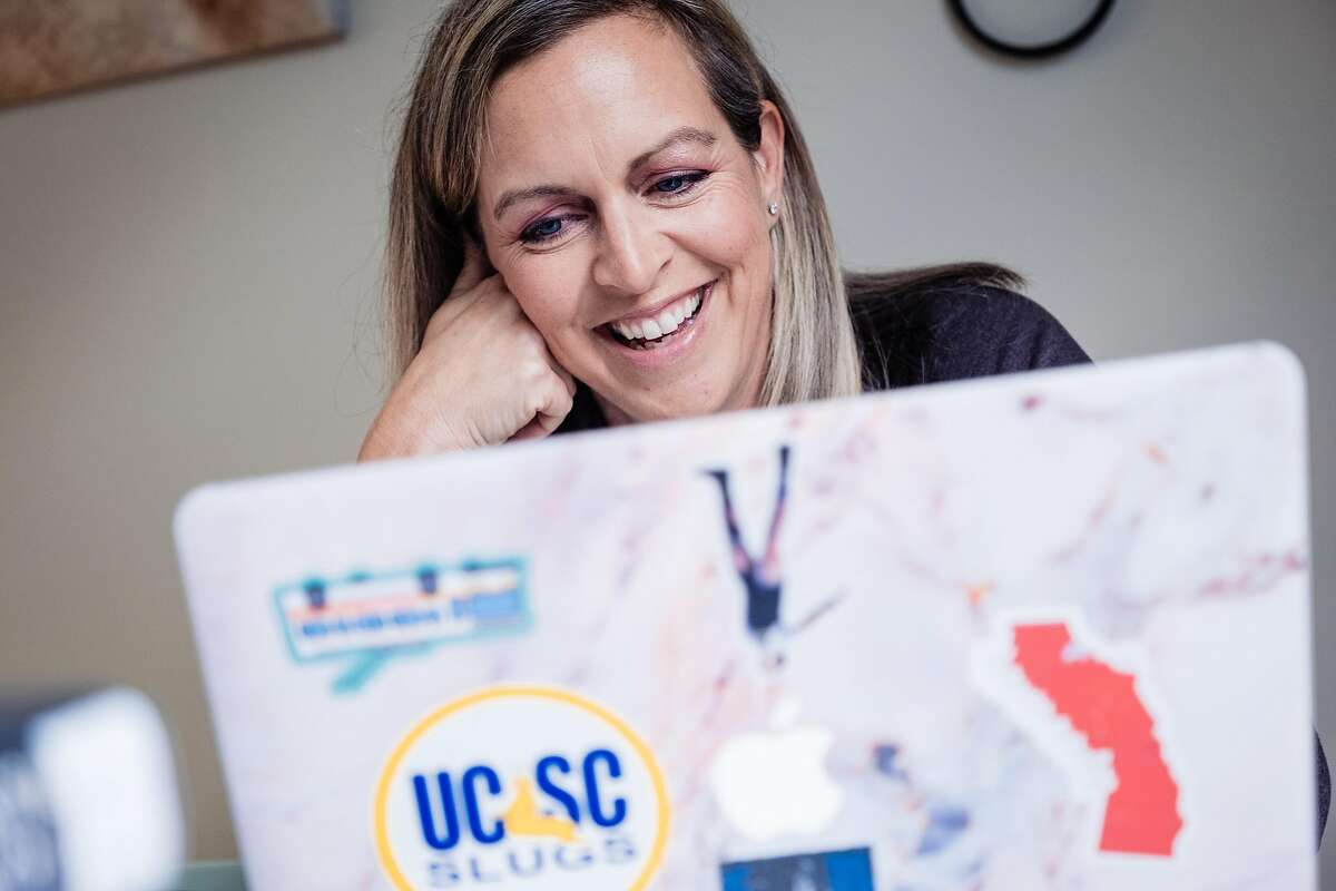 Jennier Partika a 5th grade teacher at Argonne Elementary School tries to engage with her students online for the first time since schools closed in San Francisco, Calif. on Wednesday, March 18, 2020.