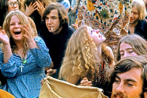 60 photos from the '60s that show how the world was changing The 1960s are a decade most commonly associated with tie-dye-clad hippies, psychedelic experimentation, and rock 'n'roll icons like the Beatles and Jimi Hendrix. But underneath the flower power,free love exterior, the '60s were a period of radical social and political change-not only in the United States but around the world. The decade was one characterized by a host of juxtapositions; anger and fear over injustice and uneasy political conditions lived alongside notions of musical awakening and pacifist harmony. During the 1960s, fears centered around communism-fueled international crises between the U.S., the Soviet Union, and Cuba. Meanwhile, the nation's involvement in the Vietnam War-also fueled by America's unwavering objective to curb the spread of communism around the globe-gave rise to protests and anti-war acts of rebellion, including an underground press system and the burning of draft cards. When it came to civil liberties and individual freedoms, the '60s were a time when marginalized and disenfranchised communities demanded change. Activists like Martin Luther King, Jr. and Malcolm X paved the way for civil rights activism as the struggle for equality and black rights in the U.S. reached an all-time high. Meanwhile, women were seeing new developments in their empowerment, like the introduction of the birth control pill, which helped shape the sexual liberation movement, andreshape gender norms and expectations. Photographs from the decade between 1960-1970 not only capture these historical moments in time, but alsothe huge range of emotions and attitudes that came with those changes. A peaceful scene of festival-goers during the Summer of Love, for example, paints a totally different portrait of the time when compared to a frantic shot of a Viet Cong guerilla attack in South Vietnam. These photos also demonstrate the speed with which times were changing. A 1960 photograph of President John F.