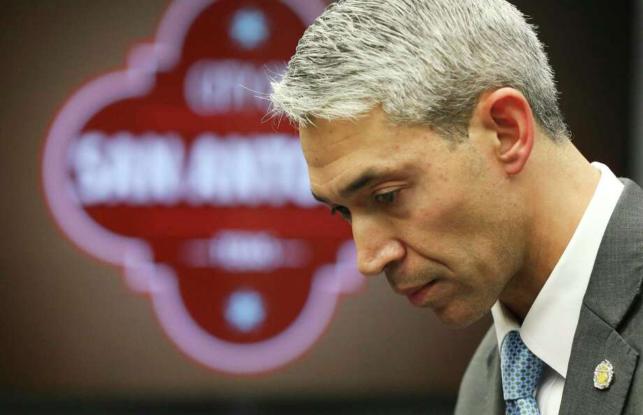 Mayor Ron Nirenberg issues a fourth public health emergency order, ordering the closure of nonessential businesses, including bars and restaurants, except those that provide drive-thru service and take-out orders for curbside pickup. Businesses, such as gyms and theaters, were ordered closed as well. Pharmacies, grocery stores and gas stations will remain open. The emergency order takes effect at 11:59 p.m. Wednesday, March 18, 2020. Photo: Kin Man Hui /Staff Photographer / **MANDATORY CREDIT FOR PHOTOGRAPHER AND SAN ANTONIO EXPRESS-NEWS/NO SALES/MAGS OUT/ TV OUT
