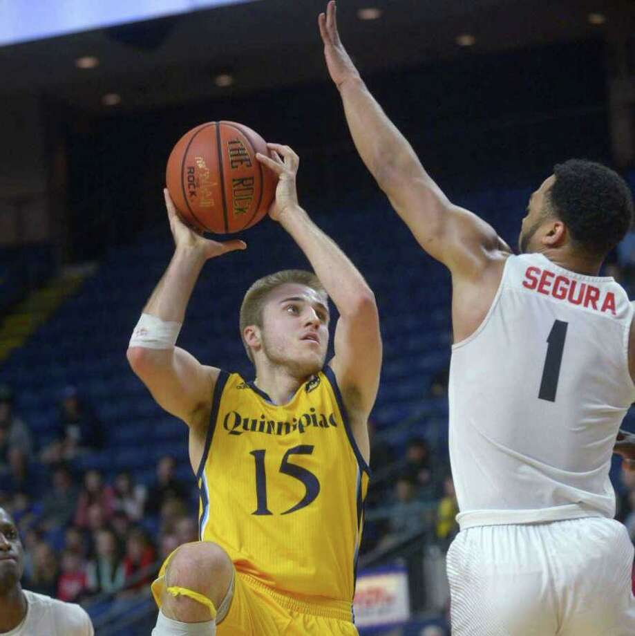 Rich Kelly averaged 16.7 points and 4.5 assists per game this season for Quinnipiac. Photo: Erik Trautmann / Hearst Connecticut Media / Shelton Herald