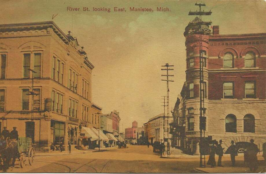 This 1900 view shows what River Street looks like looked like at that time.