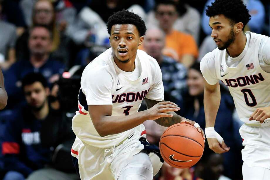 UConn's Alterique Gilbert heads up court during the second half of against South Florida in February. Photo: Stephen Dunn / Associated Press / Copyright 2020 The Associated Press. All rights reserved