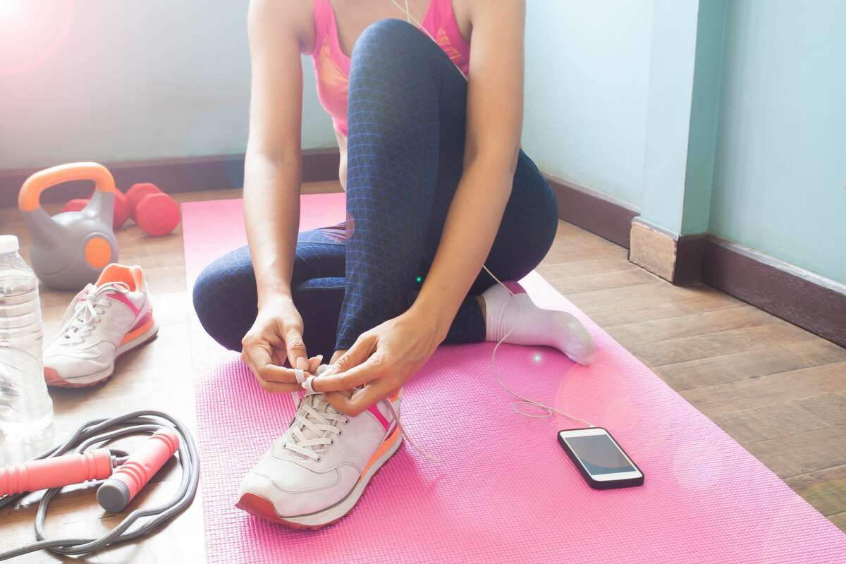 Need some motivation to exercise while stuck at home? Click through the gallery to see the best free fitness apps and workouts you can access right from your living room.