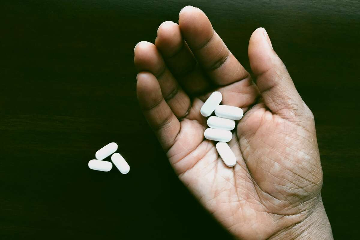 Tylenol (acetaminophen) is the first choice for patients who are sick enough to be hospitalized for any infection, but taking too much can cause liver damage.