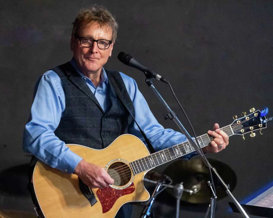 Irish folksinger Danny O'Flaherty plays a comeback performance at the Logon Cafe in Beaumont on Saturday, March 7, 2020. Fran Ruchalski/The Enterprise Photo: Fran Ruchalski/The Enterprise / 2019 The Beaumont Enterprise