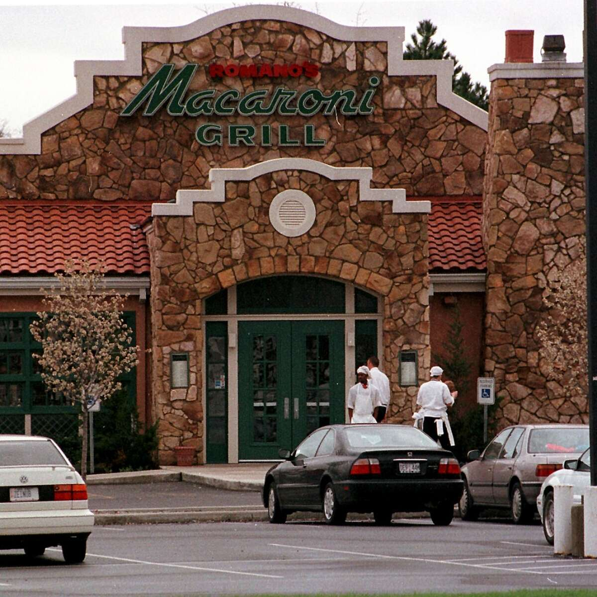 Macaroni Grill went into a significantly overhauled building that previously was home to Chi-Chi's and Beefsteak Charlie's restaurants, at Wolf and Metro Park roads. The restaurant closed abruptly in mid-March.