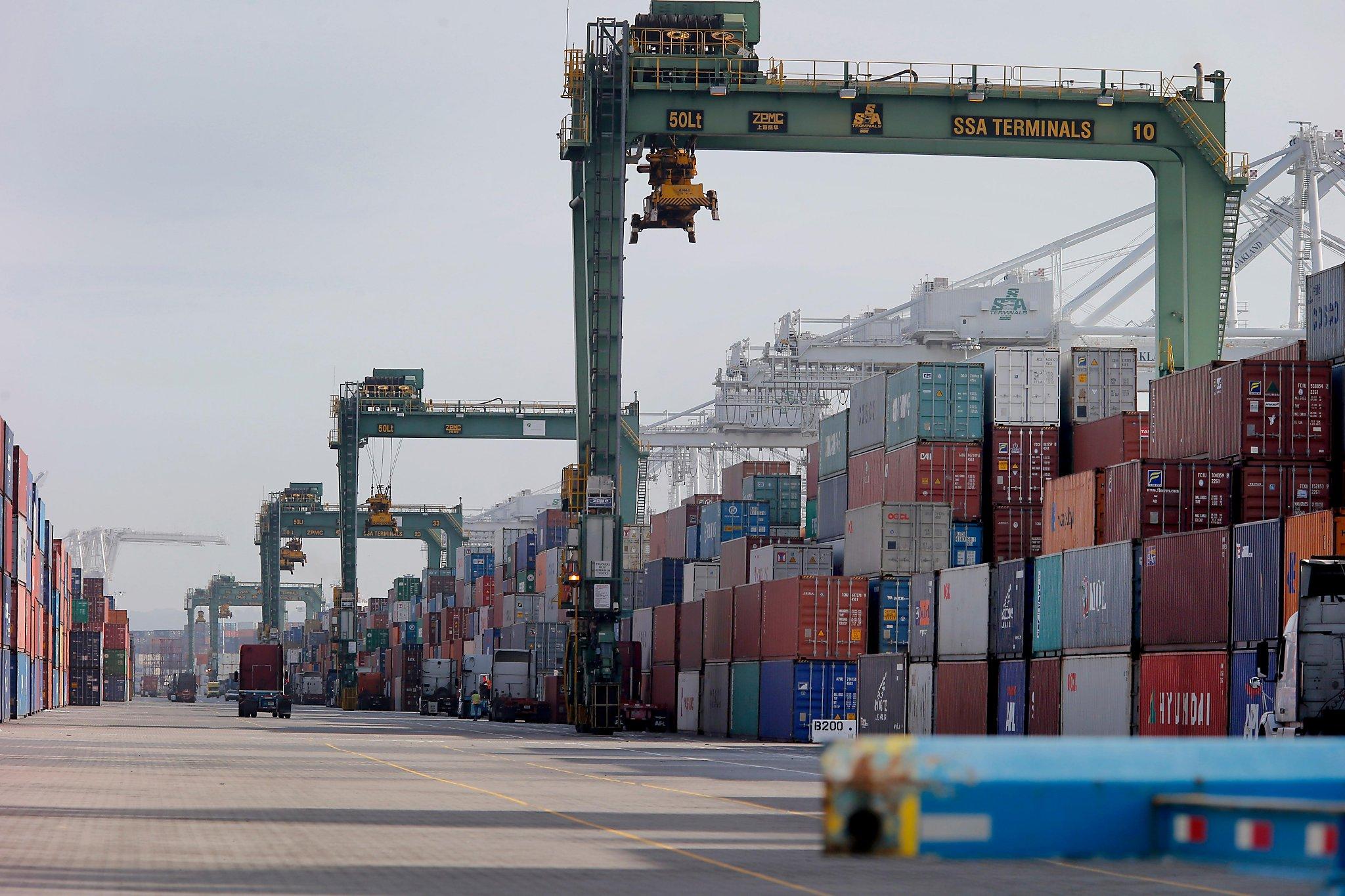 Coronavirus: Port of Oakland longshoremen threaten to walk off job