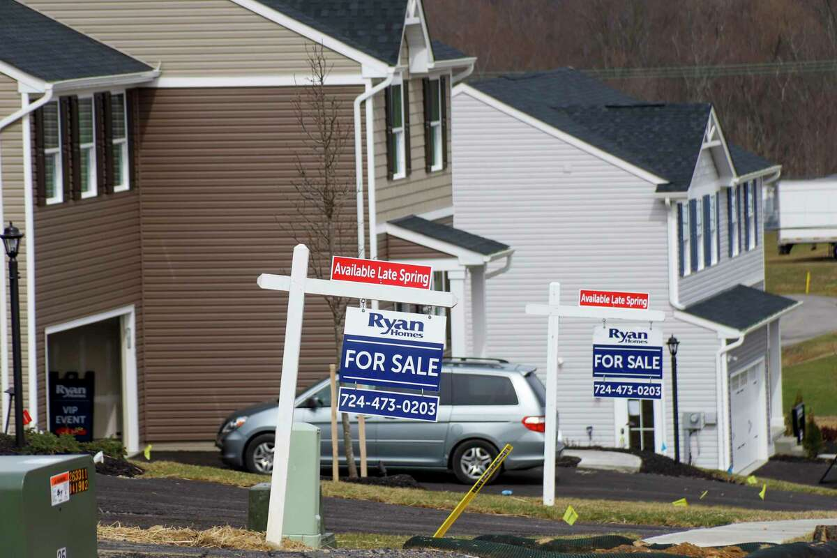 """Empire State Development put out a statement on April 1, 2020, changing the status of work in New York state's real estate industry to """"essential"""" amid the COVID-19 pandemic. Real estate agents, home inspectors and residential appraisers are now considered """"essential employees,"""" according to the Empire State Development agency. (AP Photo/Keith Srakocic)"""