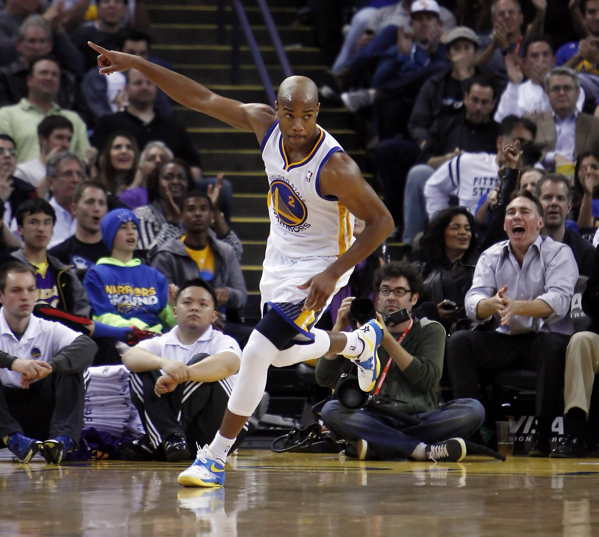 This date in Bay Area sports: Warriors top Lakers, eye playoffs in 2013