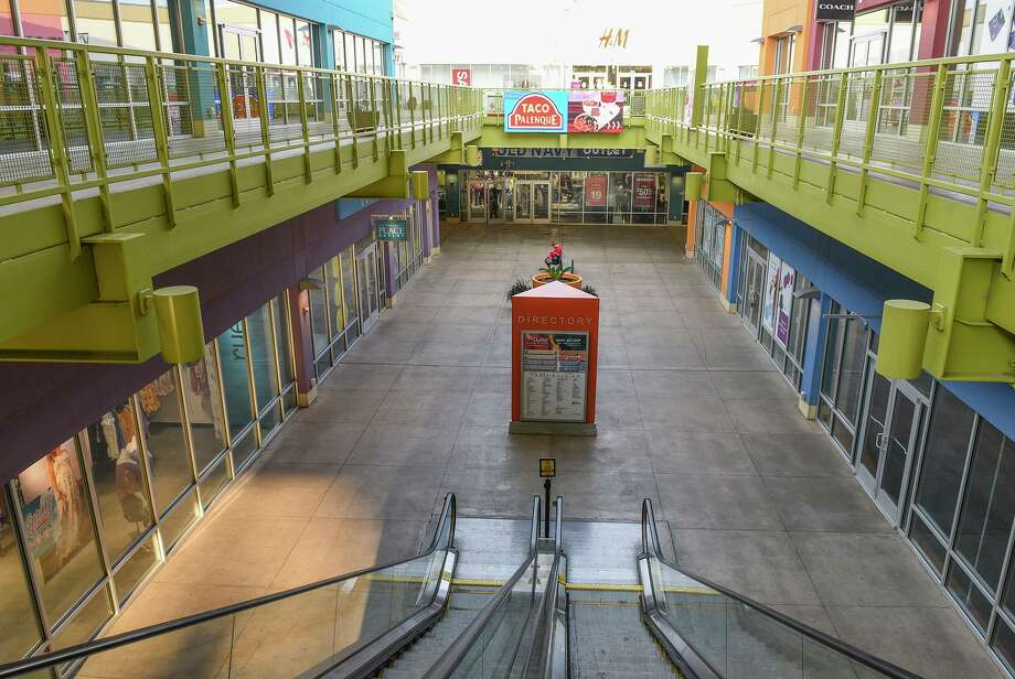 The Outlet Shoppes at Laredo are nearly empty on March 18, two days after the first case of the coronavirus was discovered in the city and on the eve of a city-wide lockdown. COVID-19 has dominated the headlines in 2020, and LMT's four-part year in review series concludes with Part 4 summarizing the timeline of the coronavirus in the Laredo area. Photo: Danny Zaragoza / Laredo Morning Times File