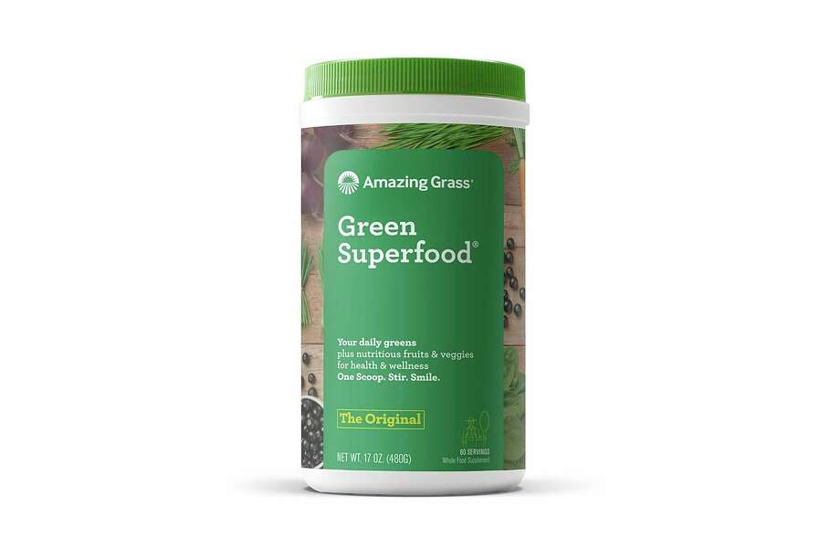 Packed with Healthy Greens, This Supplement Can Help Keep Your Nutrition on Track