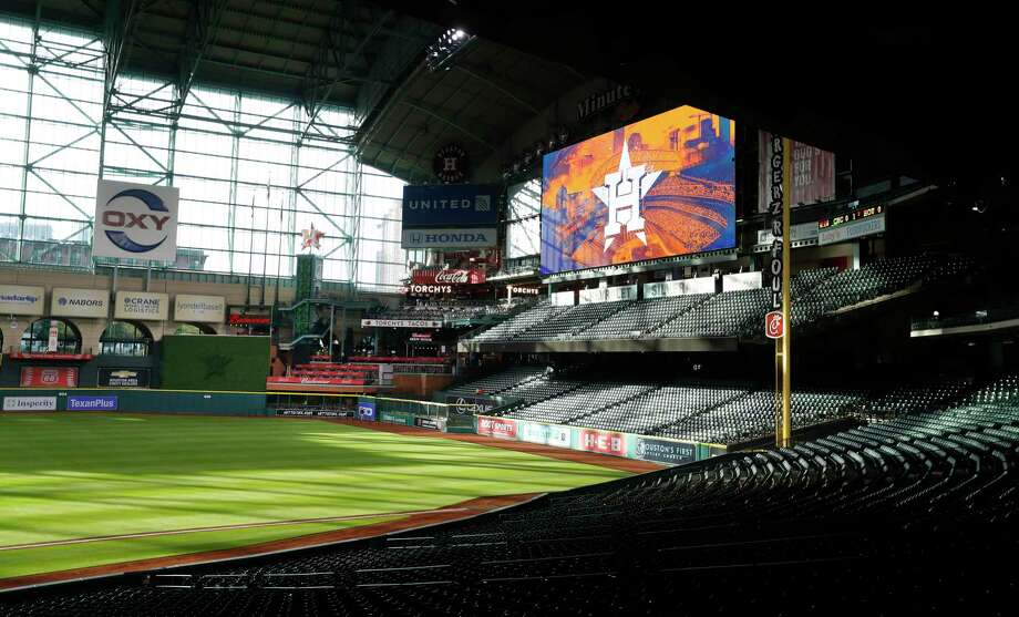 Minute Maid Park will look a lot like this on Thursday, which was to have been opening day for the Astros. Photo: Karen Warren, Staff Photographer / Houston Chronicle / 2017 Houston Chronicle