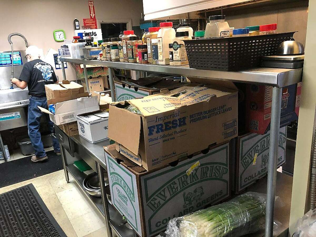 The San Francisco Giants and their vending company, Delaware North, donated food to Veterans of Foreign Wars (Post 3513) in Scottsdale, Ariz.