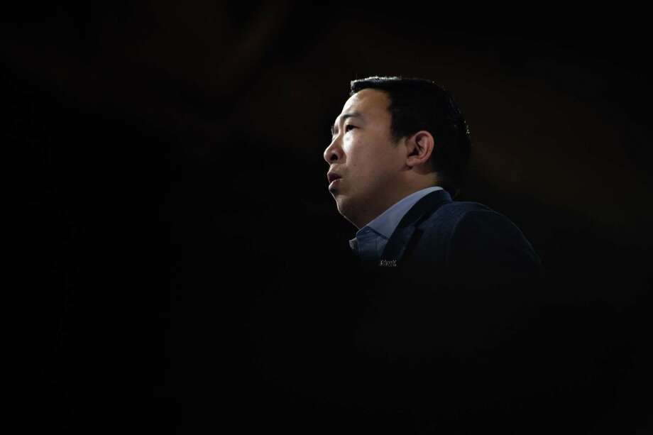 Entrepreneur Andrew Yang speaks during the 61st Annual McIntyre-Shaheen 100 Club Dinner in Manchester, New Hampshire. Photo: Washington Post Photo By Salwan Georges. / The Washington Post