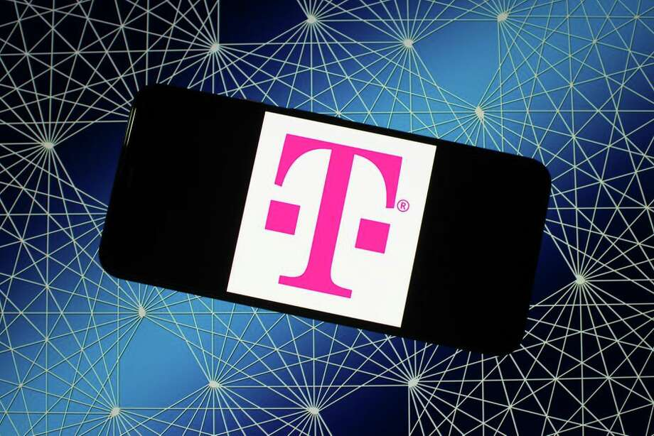 T-Mobile is upping its offerings amid the coronavirus pandemic. Photo: Pixabay/Illustration By CNET
