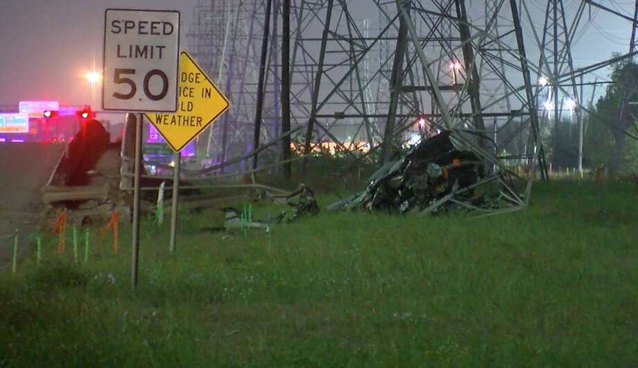 Houston police investigate a racing-related wreck along the South Beltway 8 feeder road Sunday, March 22, 2020. Photo: OnScene.TV