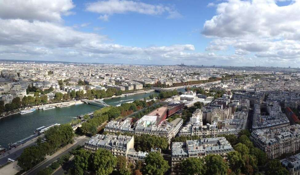 Scenes from Jessica Kelly's trip with girlfriends to Paris.
