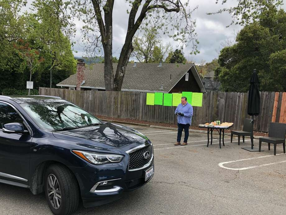 Flights restaurant in Los Gatos has opened a 'no-touch'drive-through grocery store in their parking lot. Photo: Alex Hult/ Flights