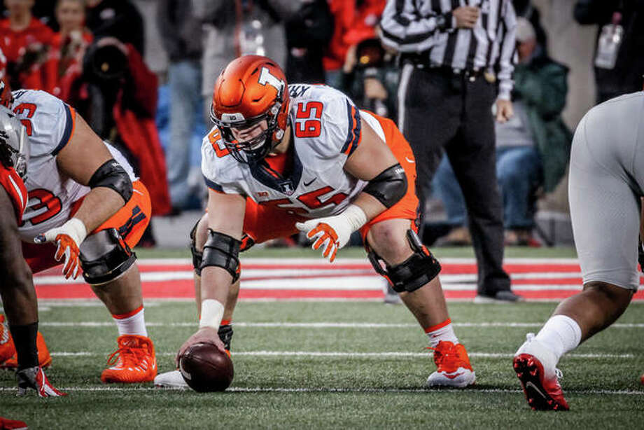 Center Doug Kramer of Illinois said it feels 'weird' not to have spring football. Spring practices were cancelled because of the coronavirus. Photo: Fighting Illini Athletics