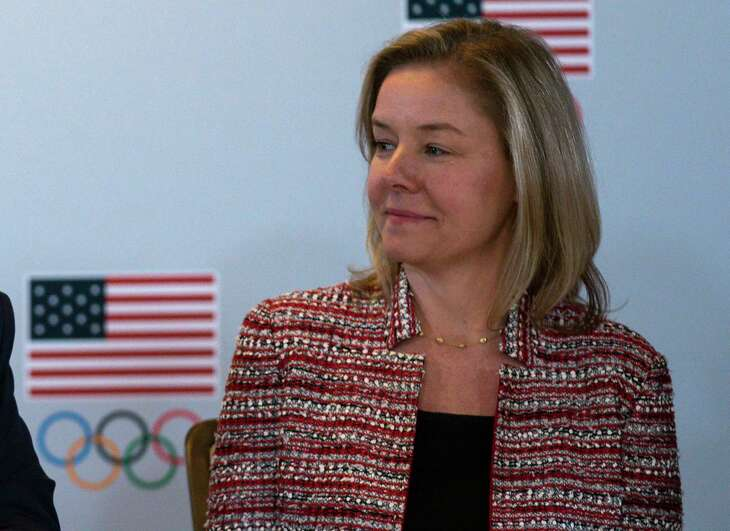 Sarah Hirshland, CEO of the United States Olympic and Paralympic Committee, believes there are too many obstacles to holding the Tokyo Olympics in a satisfactory manner in 2020.