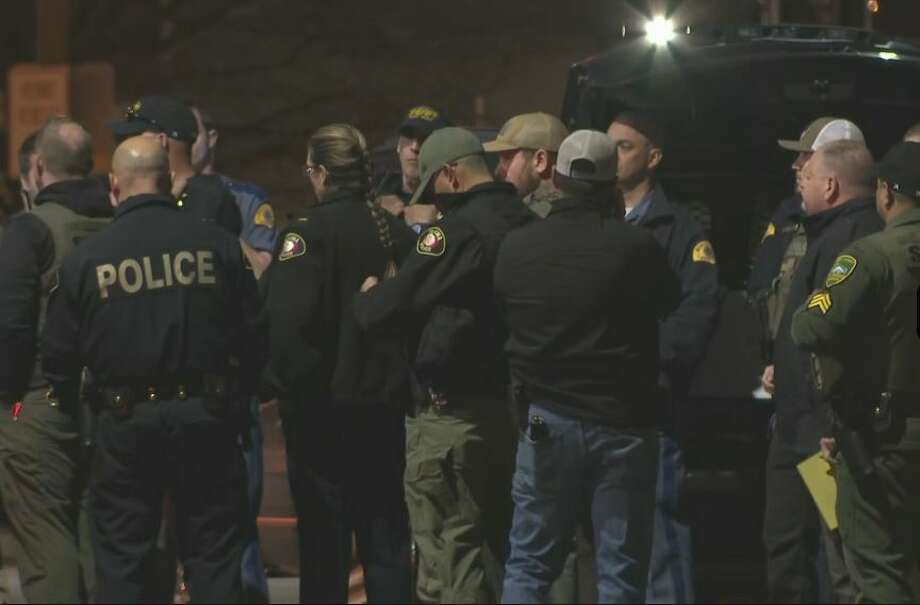 Several police agencies investigate an escape by 14 inmates at the Yakima County Jail. Photo: KIMA-TV