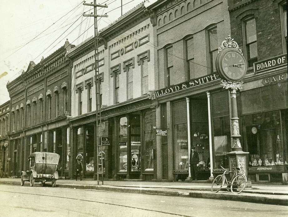 A view of the buildings near the southwestern end of River Street circa late 1910s. Photo: Courtesy Photo