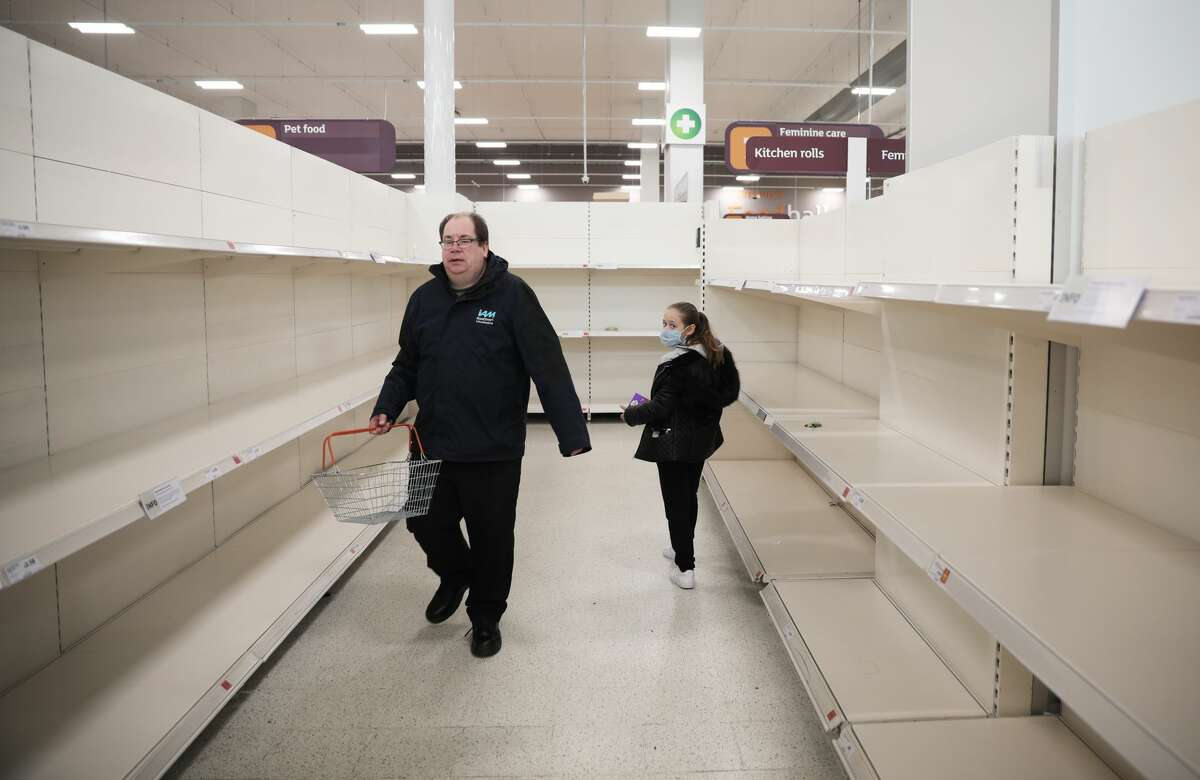 LONDON, UNITED KINGDOM - MARCH 18: Empty shelves confront shoppers at the Nine Elms branch of Sainsburys supermarket on March 18, 2020 in London, United Kingdom.Coronavirus (Covid-19) has spread to over 156 countries in a matter of weeks, claiming over 6,500 lives and infecting over 170,000. There are currently 1,950 diagnosed cases in the UK, with the death toll over 70.(Photo by Dan Kitwood/Getty Images)