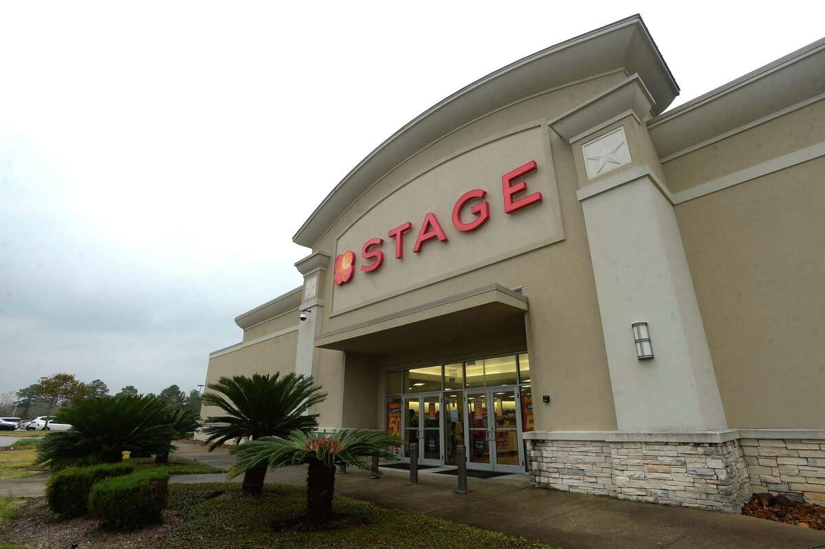 The Houston-based retailer Stage is transitioning its stores to the Gordmans brand, which is planning to openn in the spring of 2020. Signs at locations, including Beaumont stores, are advertising steep holiday sale discounts. Photo taken Tuesday, November 26, 2019 Kim Brent/The Enterprise