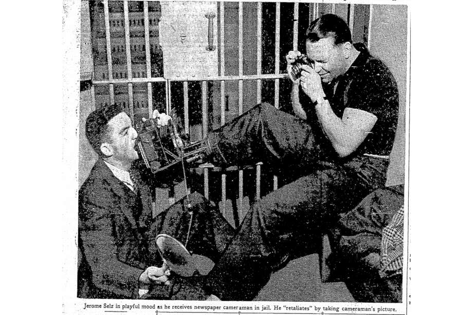 Ralph JeromevonBraunSelz jokes around with photographers at the San Mateo County jail. Photo: Archival Image Via San Francisco Chronicle