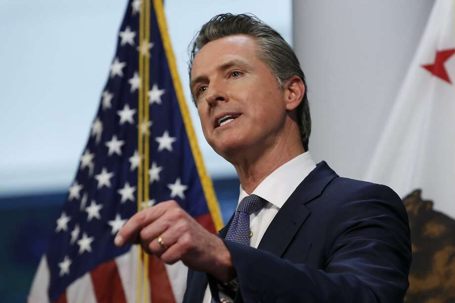 Gov. Gavin Newsom updates the state's response to the coronavirus at the Governor's Office of Emergency Services in Rancho Cordova (Sacramento County) on Monday. Photo: Rich Pedroncelli / Associated Press
