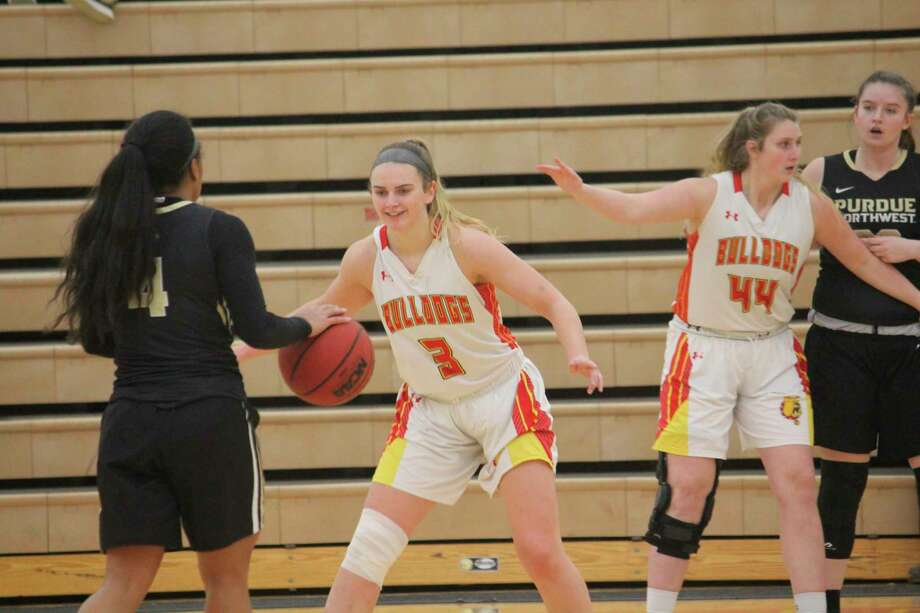 Ferris' Renee Sturm (3) focuses on defense during the regular season. (Pioneer photo/John Raffel)