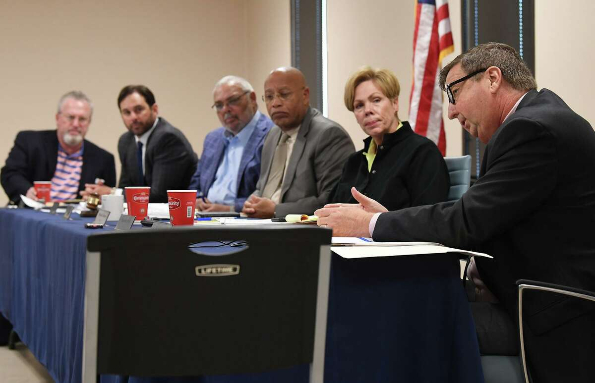 Doug Canant, right, acting general manager for Drainage District 6, addresses the audience during Tuesday's board of directors meeting. Other board of directers Bart Owens, from left, Bernie Daleo, Charles Guillory, Joshua Allen and Miriam Johnson are also pictured. Photo taken Tuesday, 10/29/19