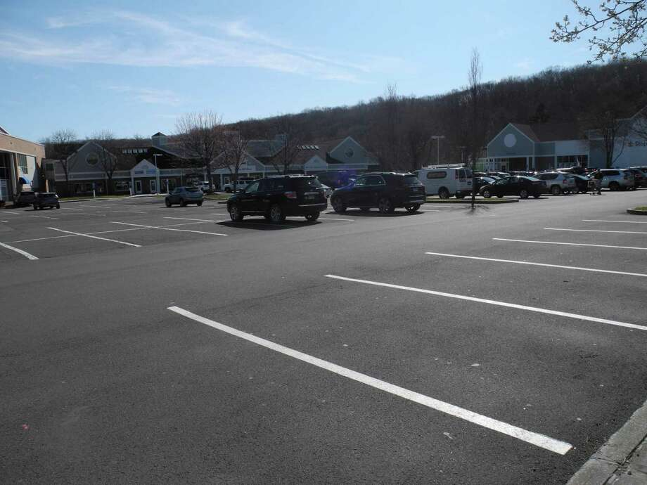 The River Park Plaza parking lot, where Stop & Shop is, has many fewer cars than normal on a Saturday afternoon. Photo: Jeannette Ross / Hearst Connecticut Media / Wilton Bulletin