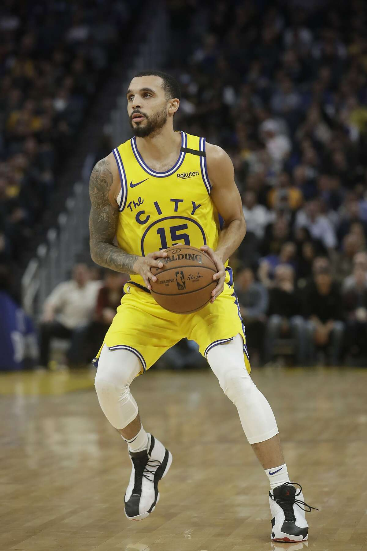 Golden State Warriors guard Mychal Mulder (15) against the Los Angeles Lakers during an NBA basketball game in San Francisco, Thursday, Feb. 27, 2020. (AP Photo/Jeff Chiu)