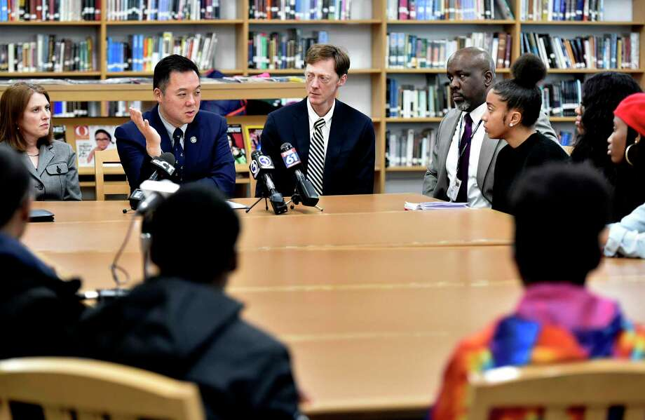 Connecticut Attorney General William Tong alongside New Haven Mayor Justin Elicker in February 2020, during a roundtable addressing vaping. Photo: Peter Hvizdak / Hearst Connecticut Media / New Haven Register
